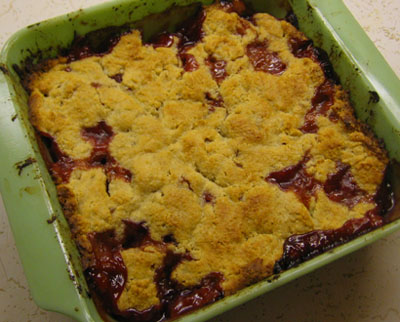 Cranberry sauce cobbler with apple and pear