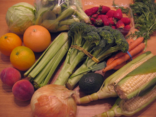 Fruits and veggies from this week's CSA box